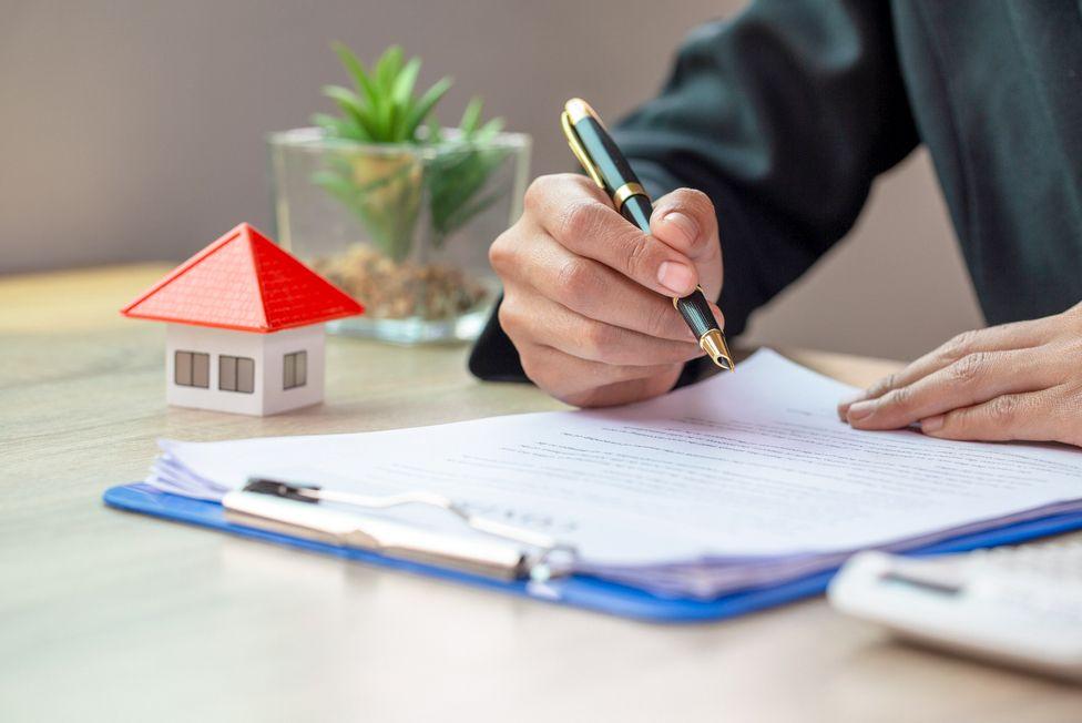 Mẫu hợp đồng nhà đất chuẩn cần những thông tin gì