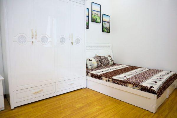 phòng ngủ thứ hait trên lầu một