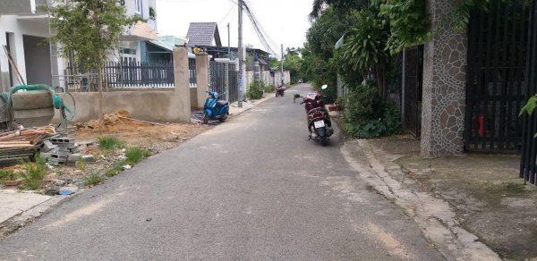 đường trước nhà, đường nhựa 4m xe oto thoải mái